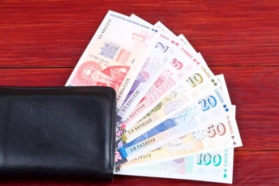 argent-bulgarie-dans-portefeuille-noir_52793-171