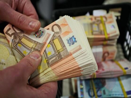 cash-800x600